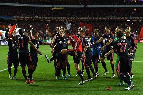 Lối đá tấn công mang thương hiệu Pep Guardiola sẽ đối mặt với hàng thủ trứ danh của Atletico Madrid