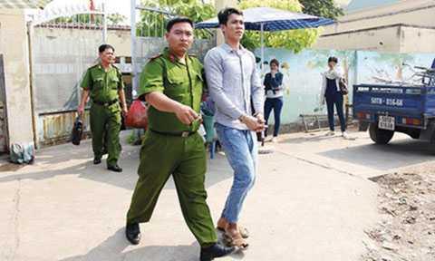 Bị cáo Ong Văn Sệt trong một lần hầu tòa Bình Chánh.