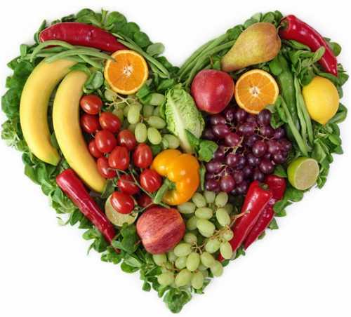 Người cao huyết áp nên ăn nhiều rau củ. hạn chế chất béo, ngọt. Ảnh: News.