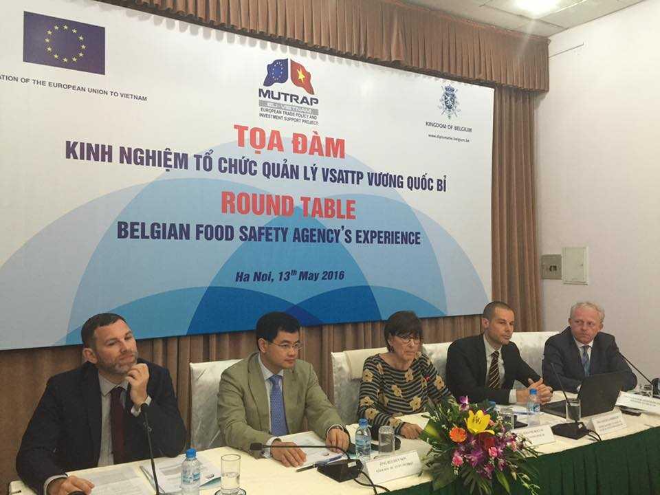 Tọa đàm chính sách về tổ chức và điều phối về an toàn thực phẩm - Ảnh: Đại sứ quán Bỉ tại Việt Nam