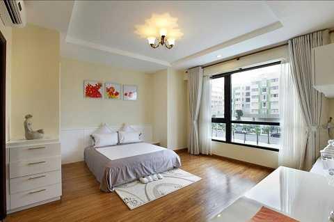 Thay vì ở trong khách sạn, bạn nên thuê một căn hộ hoặc nhà ở để giảm chi phí. Ảnh Google
