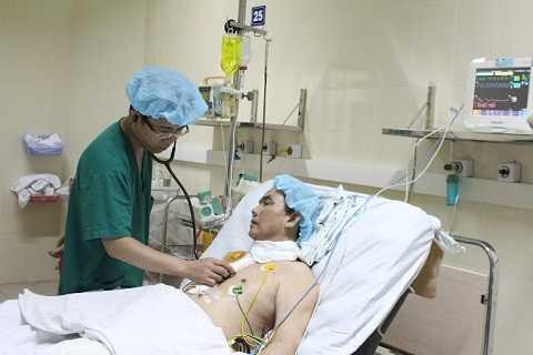 Bệnh nhân ghép tim phục hồi sau ca ghép tạng.