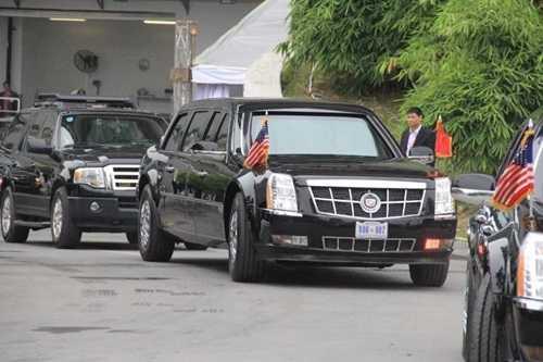 Khoảng 10 giờ sáng nay, 23/5, đoàn xe của Tổng thống Mỹ Barack Obama đã di chuyển từ khách sạn Marriott, vào trung tâm Thủ đô Hà Nội.