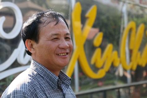 Ông Tấn, chủ quán Xin Chào vui mừng khi nghe tin Thủ tướng quan tâm đến vụ án của mình