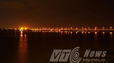 5.Cầu Hóa An mới được sửa chữa và nâng cấp năm 2014 về đêm đẹp lung linh bởi ánh đèn chiếu sáng.
