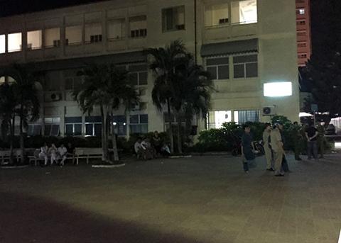 Bệnh viện nơi xảy ra vụ giang hồ chém nạn nhân. Ảnh: Lê Trai