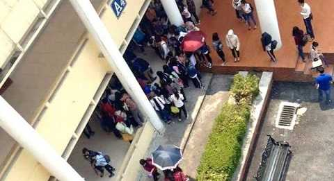 Sự việc xảy ra khi rất nhiều sinh viên đang ở trường