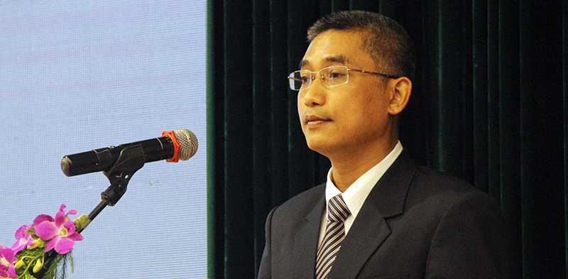 GS. TS Nguyễn Văn Hiếu phát biểu sau khi nhận Giải thưởng Tạ Quang Bửu 2016