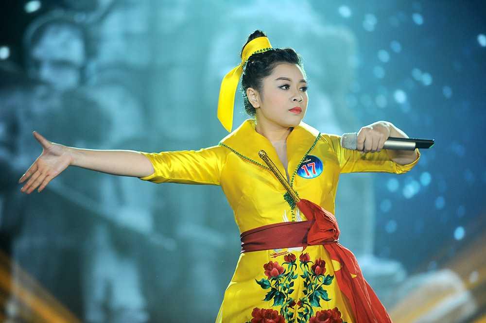 Thu Hằng - Quán quân Sao Mai dòng nhạc dân gian