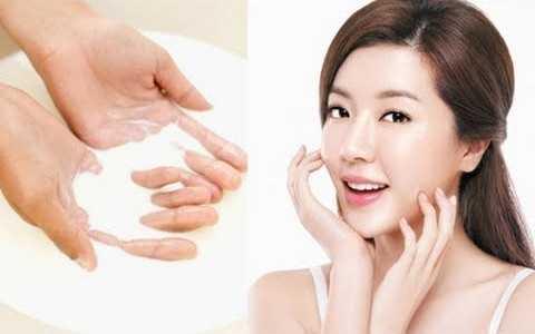 Phụ nữ Nhật ưa chuộng và sử dụng dầu cám gạo để chăm sóc da hơn hai ngàn năm qua.