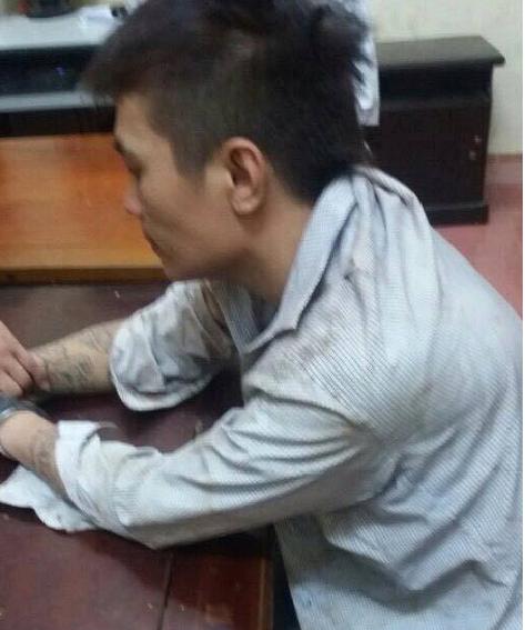 Đối tượng Trần Bá Đứ bị cơ quan công an bắt giữ