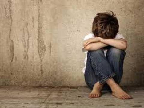 Antoly, 13 tuổi mắc chứng tự kỷ là nạn nhân của vụ việc xảy ra cách đây 2 năm. Ảnh The Mirror