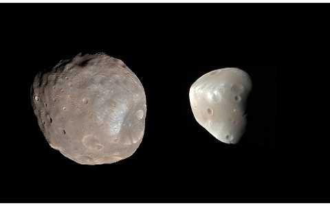 Hai mặt trăng của Sao Hỏa là kết quả của một cuộc va chạm lớn.