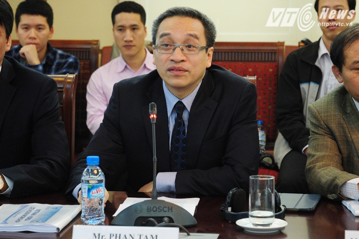 Thứ trưởng Bộ Thông tin và Truyền thông Phan Tâm phát biểu tại hội thảo - Ảnh: Tùng Đinh