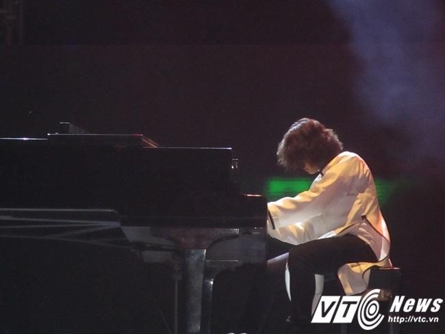 Tuấn Mạnh thổi làn gió mới cho nhạc Trịnh.