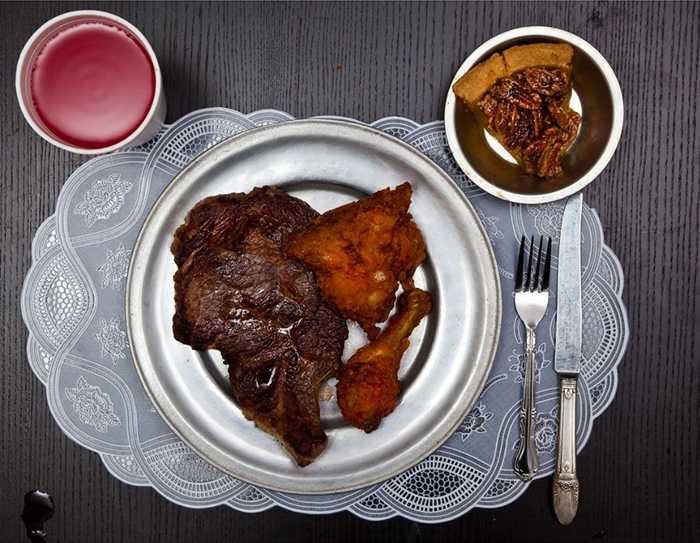 Ricky Ray Rector, phạm tội giết người, bị tử hình năm 1992, bữa ăn cuối cùng của hắn là bò bít tết, gà rán và bánh hồ đào