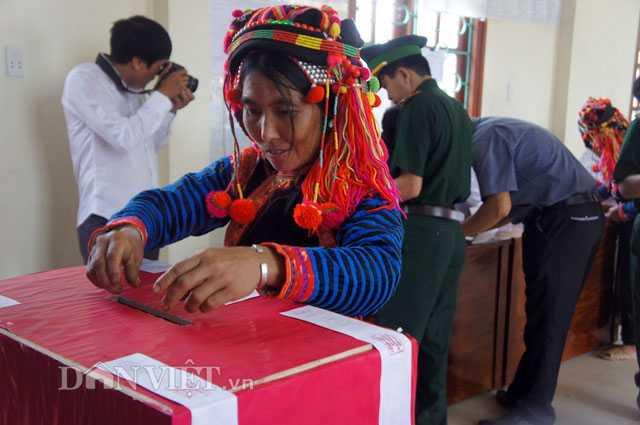 Cử tri bỏ phiếu để lựa chọn đúng người họ tin tưởng