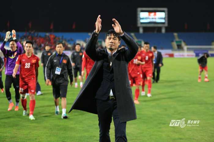 Hữu Thắng thắng trận ra mắt