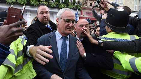 HLV Ranieri là tâm điểm chú ý của truyền thông Anh trong tuần qua