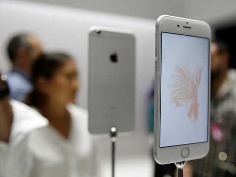 iPhone 6S đang là sản phẩm hot nhất trên thị trường của Apple
