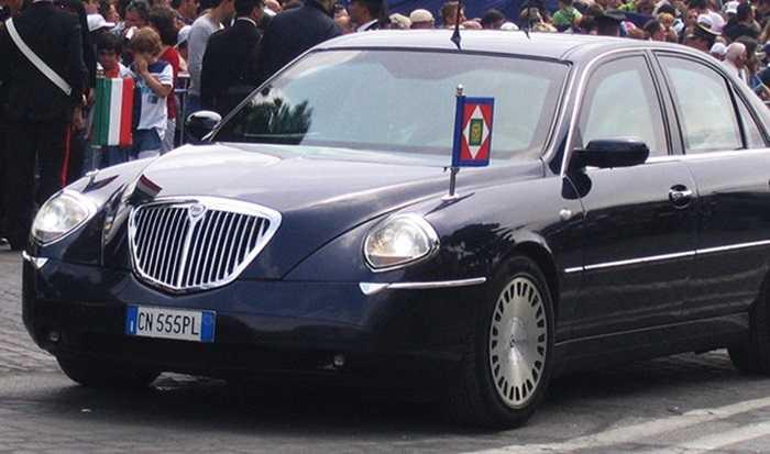 Lancia Thesis là lựa chọn của Thủ tướng Italia để đảm bảo an toàn cho bản thân mỗi khi công du quốc tế