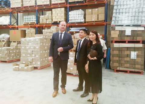 Ban lãnh đạo công ty KLF thăm nhà máy sữa của Camperdown Dairy Intermational (CDI) hồi tháng 1 năm nay.