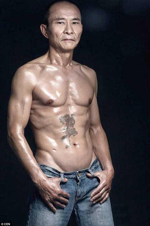 Cơ bắp đáng ngưỡng mộ của ông Lương Ngọc Tường
