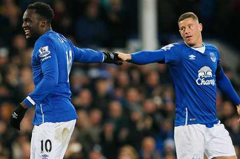Everton nhiều lần mất điểm do cảnh công làm thủ phá