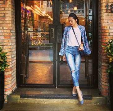 Tăng Thanh Hà sở hữu chiếc túi xách Chanel Boy đình đám có giá 5.950 USD (gần 125 triệu đồng).