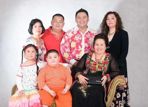 Minh Béo và gia đình.