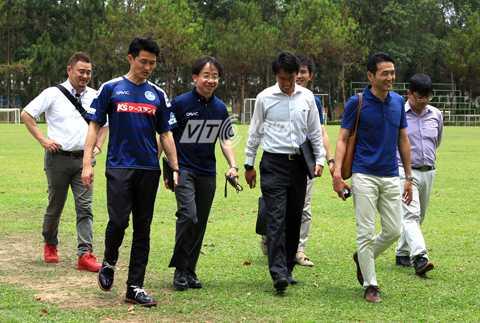 Đoàn CLB Mito Hollyhock tham quan Học viện HAGL-Arsenal JMG