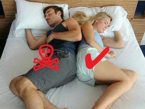 Tư thế ngủ nghiêng trái tốt cho tim