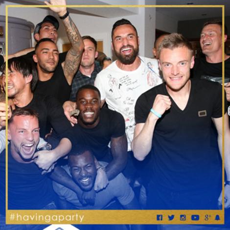 Các cầu thủ Leicester mở tiệc ở nhà Vardy