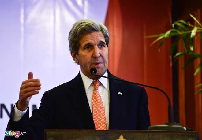 Ngoại trưởng Mỹ John Kerry trong buổi lễ trao giấy phép thành lập cho Đại học Fulbright Việt Nam ngày 25/5