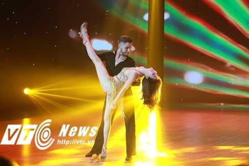 Trực tiếp chung kết Bước nhảy hoàn vũ 2016: Khách mời Ngọc Trinh