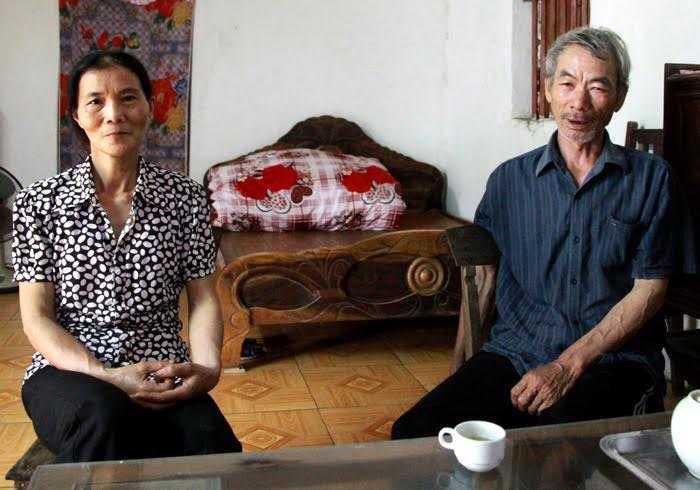 """Vợ chồng ông Chương coi lương y Nguyễn Quý Thanh như """"Thánh sống"""""""