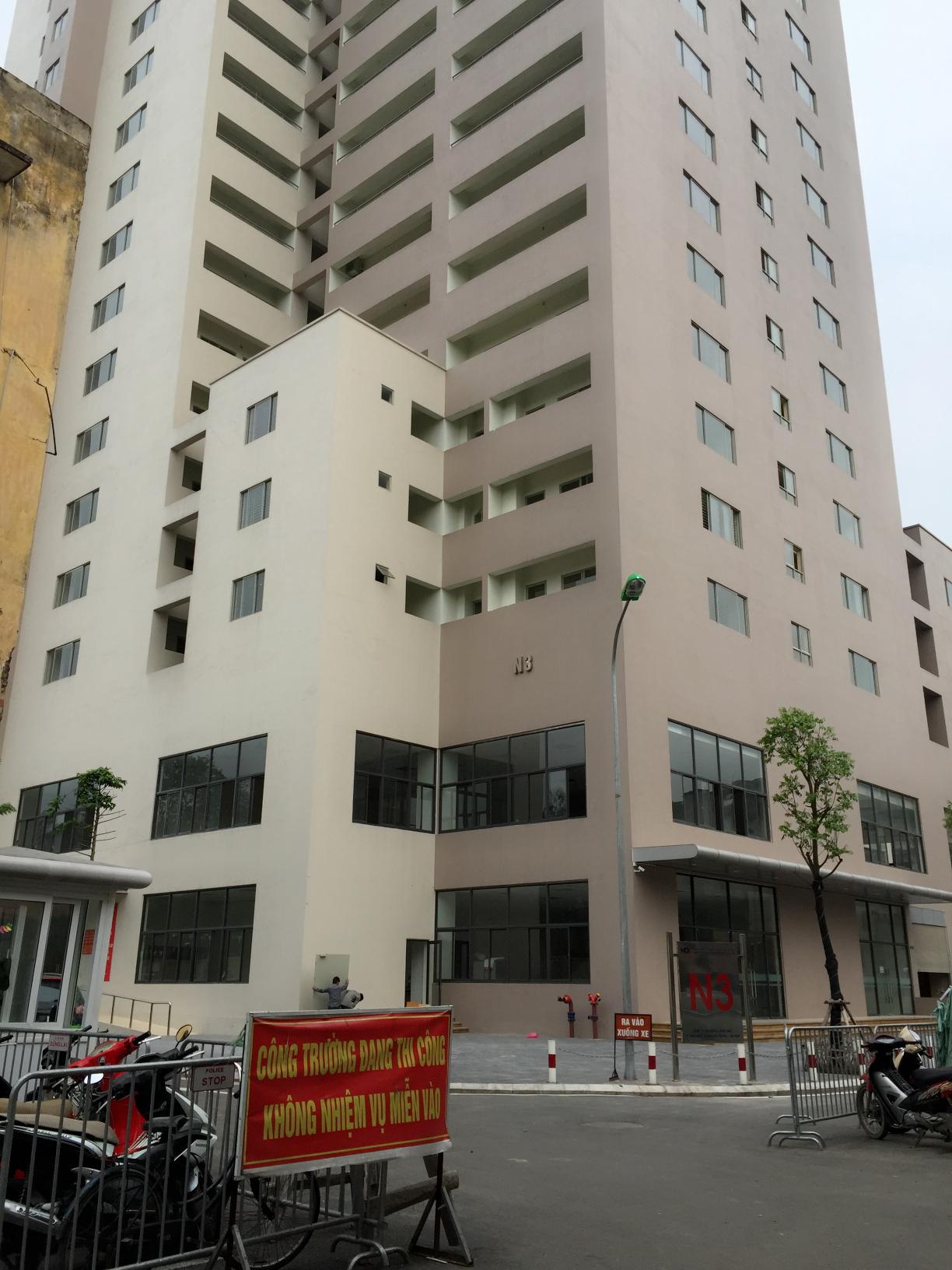 Dự án N3 Nguyễn Công Trứ đã hoàn thành nhưng nhiều cư dân vẫn chưa về nhận nhà. Ảnh: Ngọc Vy