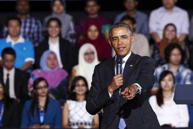 Tổng thống Barack Obama nói chuyện với giới trẻ Malaysia tại sự kiện YSEALI diễn ra ở ĐH Malaya, thủ đô Kuala Lumpur, ngày 27-4-2014 - Ảnh: Reuters
