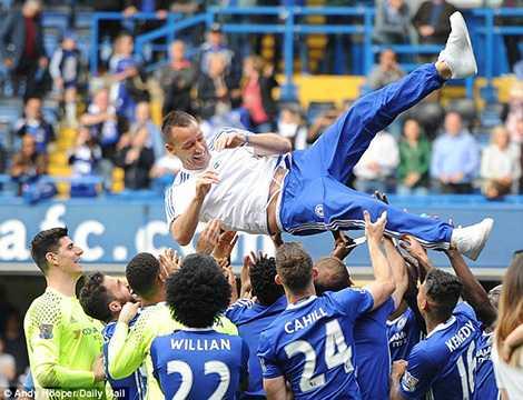 Tương lai của Terry tại Chelsea vẫn chưa được quyết định