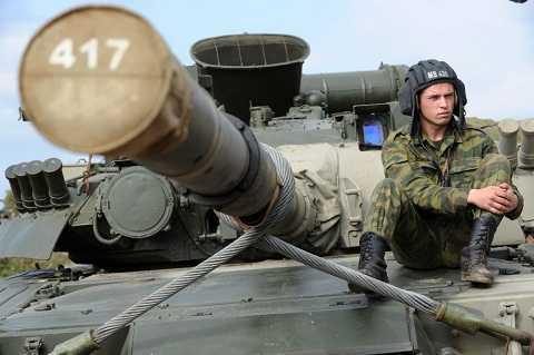 Công suất động cơ tuabin của T-80 đạt tới 1.250 mã lực.