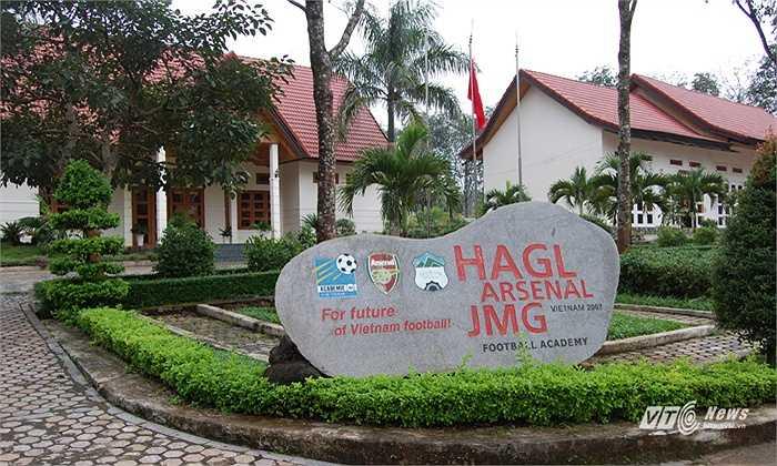 Học viện HAGL Arsenal JMG là niềm tự hào của bầu Đức