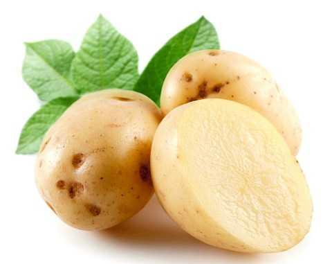 Sử dụng khoai tây trị viêm cánh rất đơn giản và dễ tiến hành