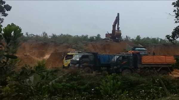 Hàng triệu m3 đất đã biến mất ở xã Chu Hóa (Việt Trì)