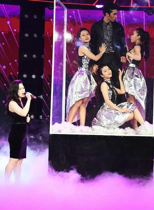 Nhật Kim Anh chọn Yêu lầm một ngôi sao (Khánh Đơn) để biểu diễn