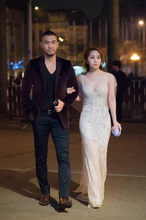 Quỳnh Nga vừa cùng chồng xuất hiện tại một sự kiện được tổ chức ở Hà Nội tối qua.