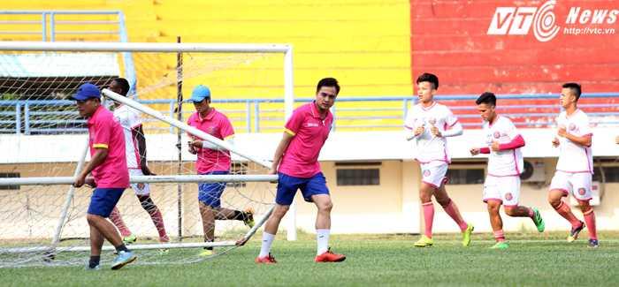Sài Gòn FC có buổi tập đầu tiên khi chuyển 'hộ khẩu' vào TP.HCM (ảnh: Hoàng Tùng)
