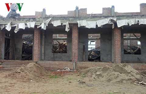 Hiện trường Nhà văn hóa thôn Hà Hương (xã Vĩnh Long, Vĩnh Bảo, Hải Phòng) bị sập - Ảnh VOV