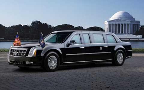 """Là sản phẩm của """"gã khổng lồ"""" nước Mỹ – GM và mang tên Cadillac One, nhưng người ta thường gọi chiếc xe mà đương kim Tổng thống Mỹ Barack Obama đang đi là """"Quái vật"""" – The Beast"""