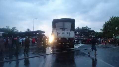Vụ tai nạn khiến kẹt xe nhiều giờ trên tuyến quốc lộ