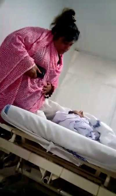 Những bức ảnh thi thể Pratyusha được báo giới công bố trước đó